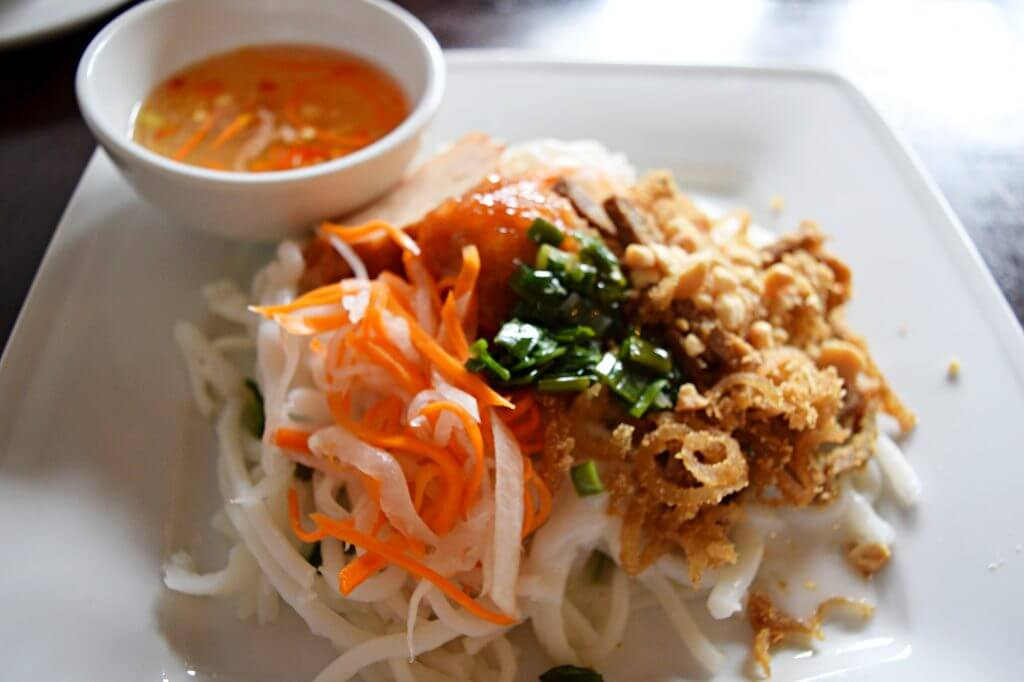 where to eat in saigon
